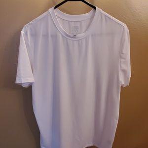 32 degree cool white tee shirt